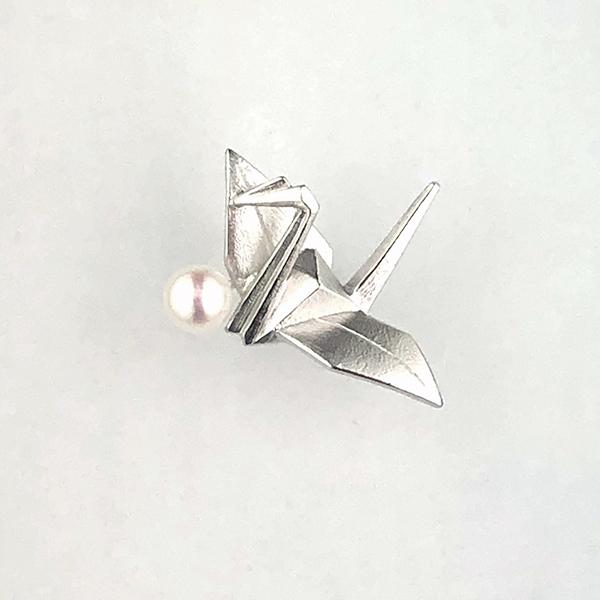 SVアコヤ真珠ピンブローチ(折り鶴)