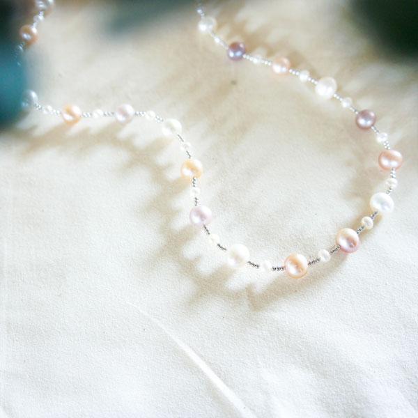 SV淡水真珠マルチカラーネックレス